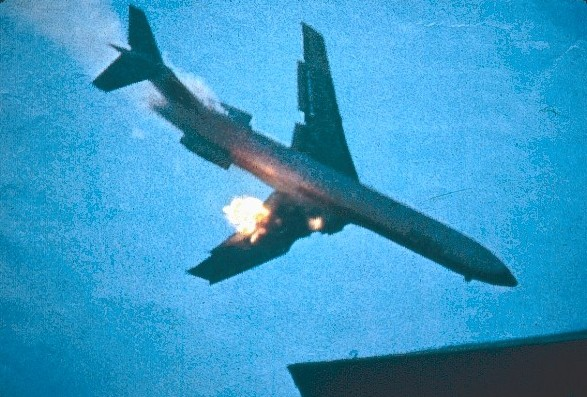 mid air crash of psa flight 182 Mid-air collision resulting from pilot error and atc error: psa flight 182 overtook the cessna the crash of psa 182 a 2009 documentary with eyewitness.